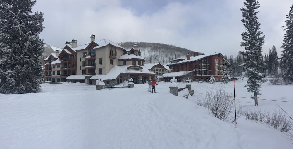 NEW! 1BR Solitude Condo w/ Ski In-Ski Out Access! - Brighton - Apartament