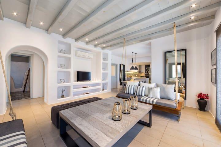 Villa Fuster Luxury Villa in Paros