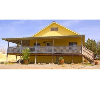 Historic Mining District Home - Silver City - Rumah
