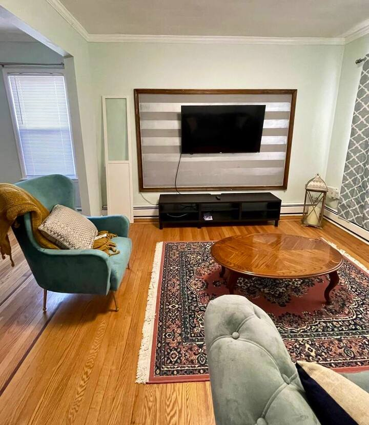 Beautiful large private apt. Near EWR / NYC 1PRKG
