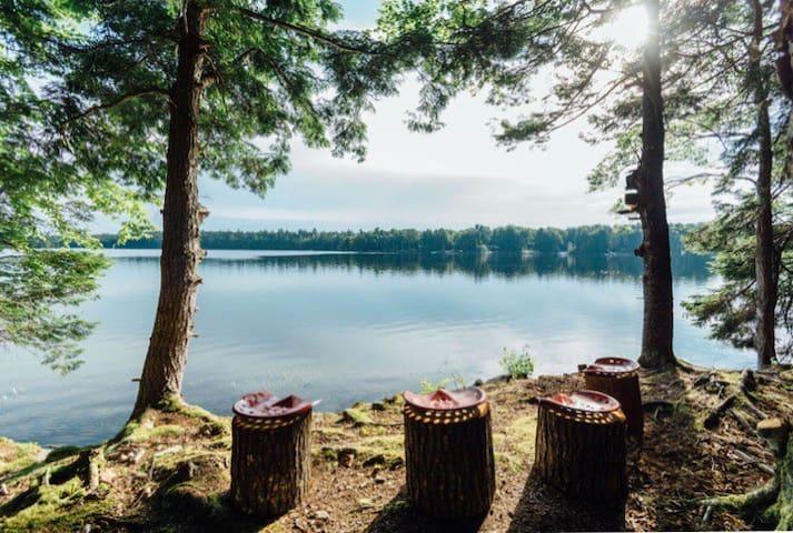 Romantic Rustic Retreat - Bunkies on the Lake