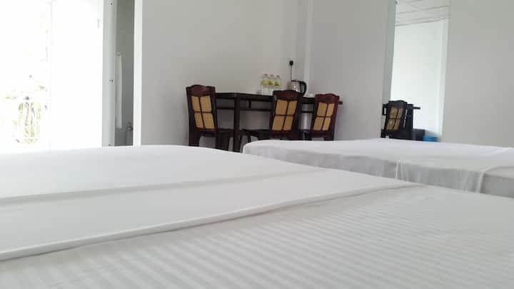 Mahaweli View Inn -  Family Room with Balcony