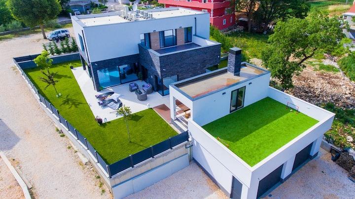 *****VILLA INFINITY***** luxury villa near Split