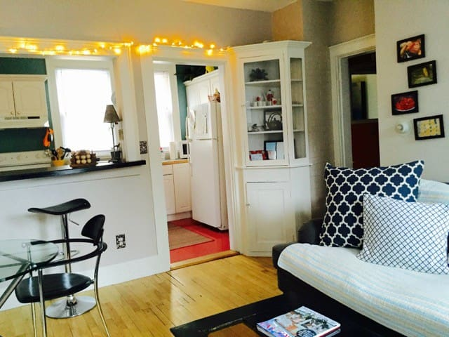 Munjoy Hill Apartment 1 BR  East End Portland, ME