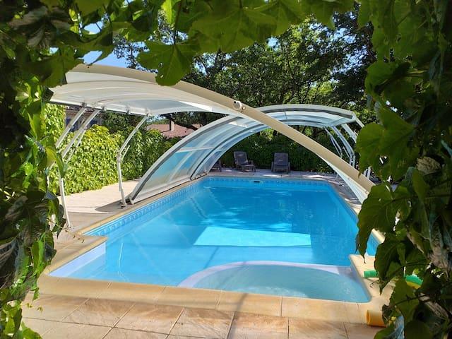 Gîte 2 chambres, piscine, calme et reposant