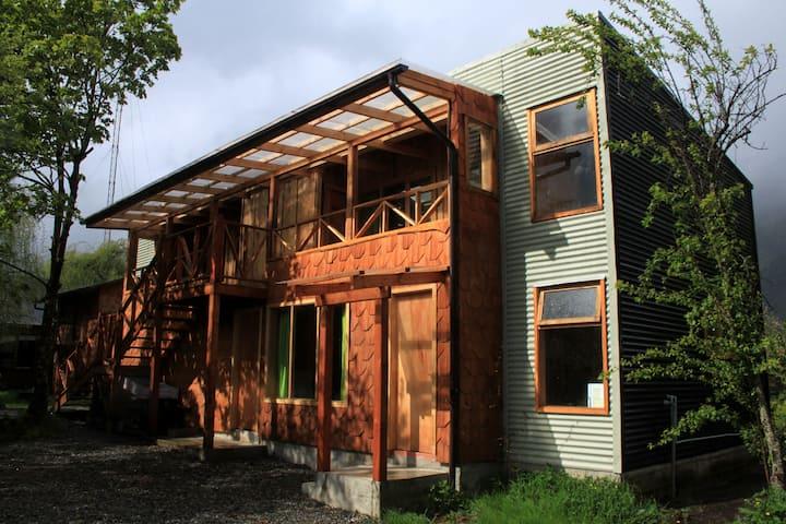Habitación Picaflor, Aonikenk Puyuhuapi