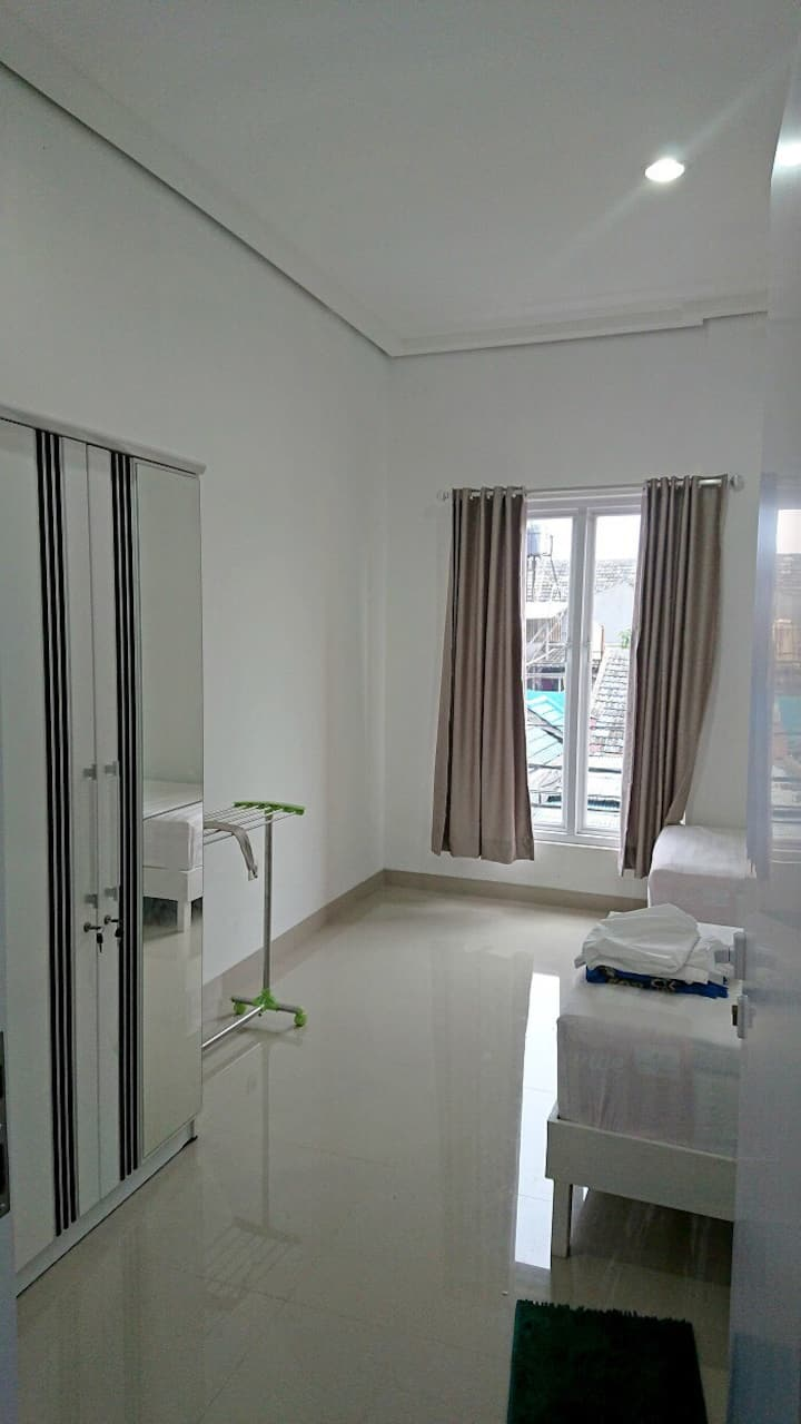Guesthouse Rumah Kost Pondok Hijau Permai Bekasi
