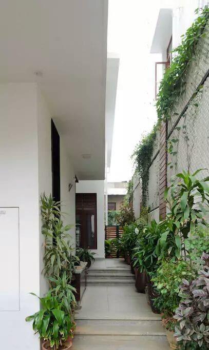 3 - Pathway to the main door