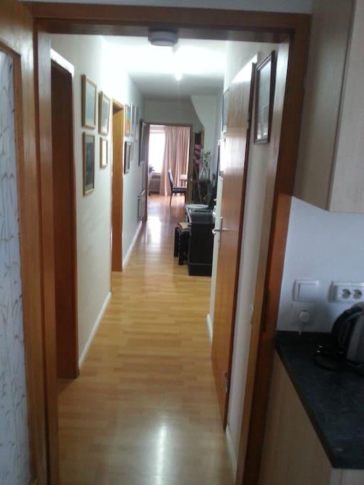 voll m blierte wohnung f r sie wohnungen zur miete in kasbach ohlenberg rheinland pfalz. Black Bedroom Furniture Sets. Home Design Ideas