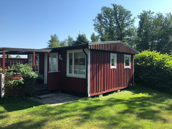 Rustic cottage close to Björkäng beach