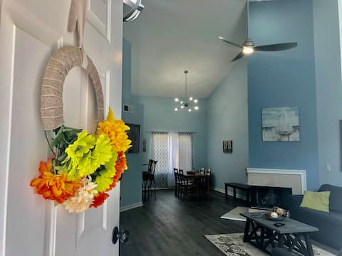 Beautifully just renovated home in Duluth!