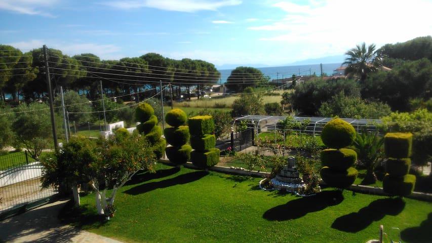 Epicurus' Garden - Nea Kallikratia - Dům