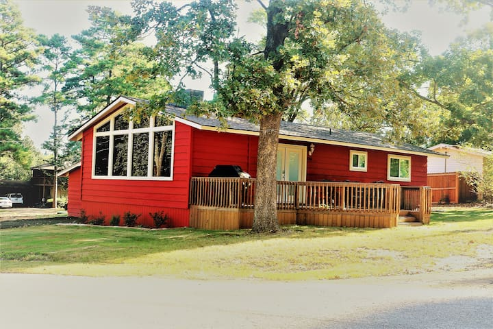 Crestwood Cabin at Lake of the Pines