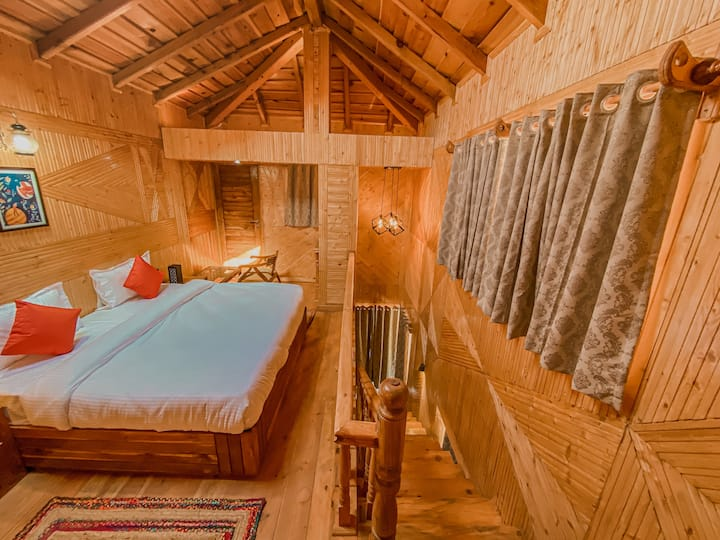 Private Room Rose wood in Ramgarh vatika