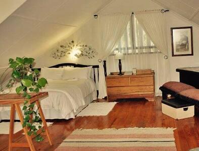 Open plan apartment Umtentweni - Port Shepstone