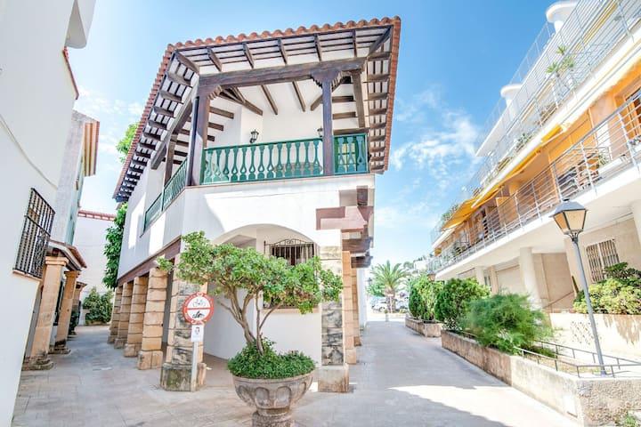 Jolie maison avec terrasse près de la mer à Tarragone