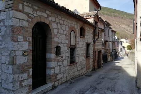 La casetta nel cuore dell'Umbria