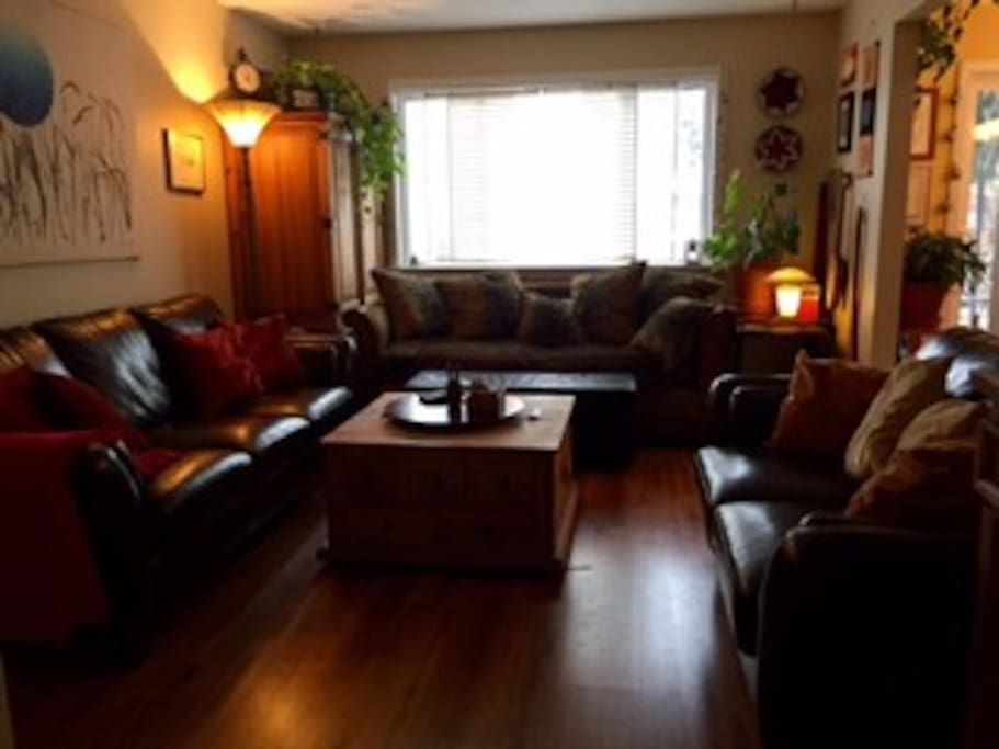 Living room, comfortable seating for 8.