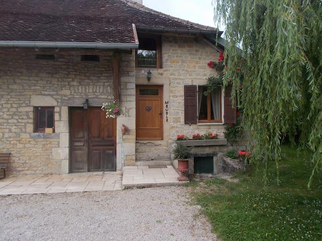 Gîte Montmillon