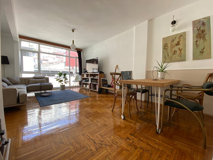Bright and cozy appartement at Beyoglu