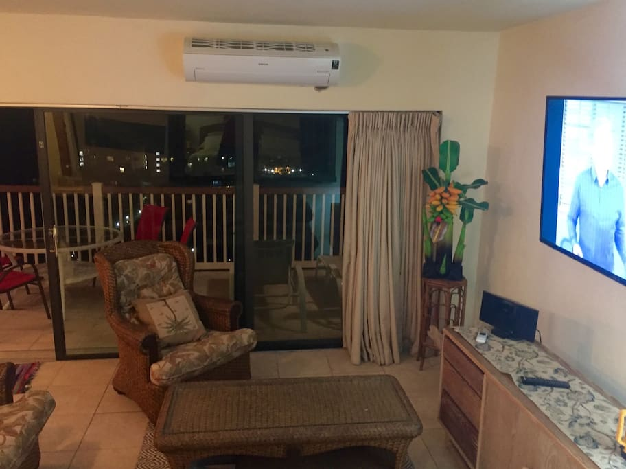 Beautiful twinkly lights view at night. New home theatre with 55inch screen to watch movies from your living room and from bed.  In summer enjoy the quite cool breeze from your brand new air conditioner.