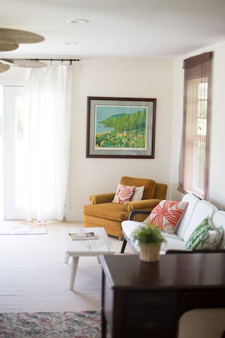Vintage touches to this spacious room with incredible views