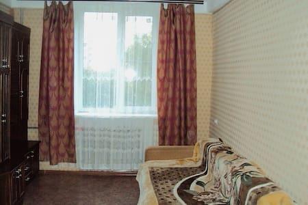Квартира в самом центре города Азова - Azov