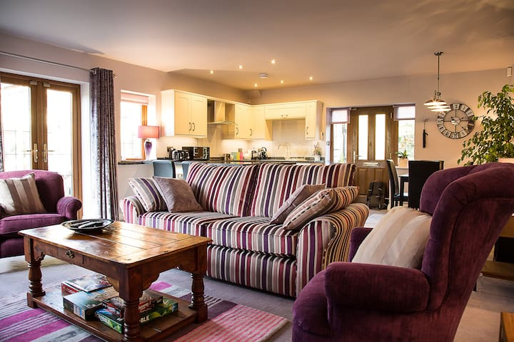 Red Kite Lodge - Menston - Apartment