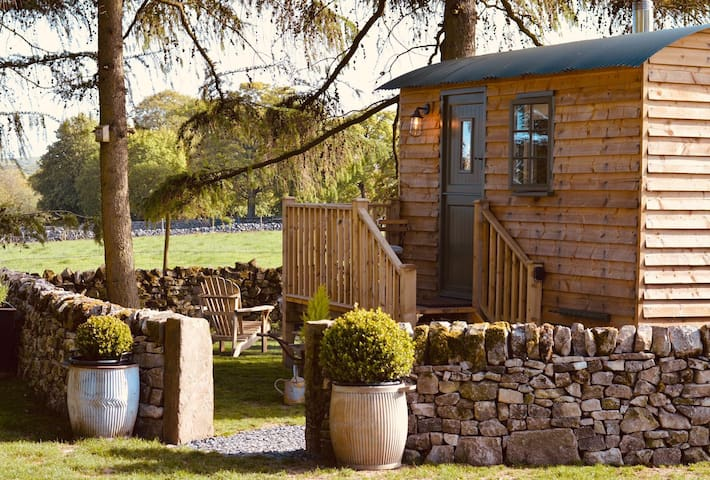 Smithyfields Shepherds Hut