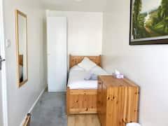 Very+clean%26cosy+room%2C+near+Addenbrookes+Hospital