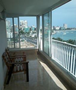 Apartamento con lindas vistas - Alacant