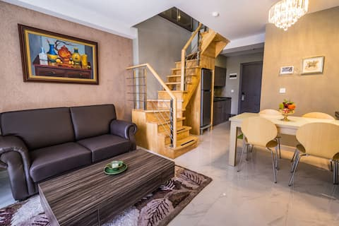 Cozy Best Mezzanine Apartment (Centre of Medan)