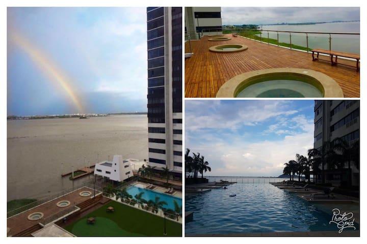Suite Estudio vista Rio Puerto Santa Ana Guayaquil