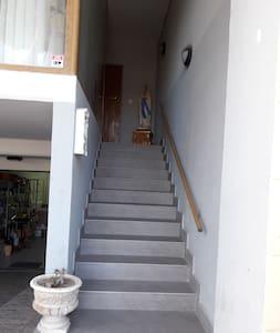Miriam` flats - Għajnsielem - Apartment