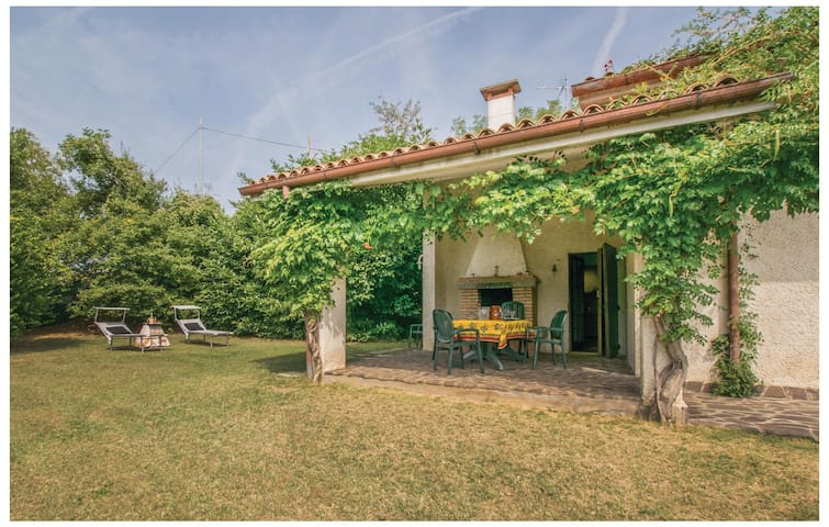 Holiday cottage with 4 bedrooms on 200 m² in Loc. Cortela' Vo PD