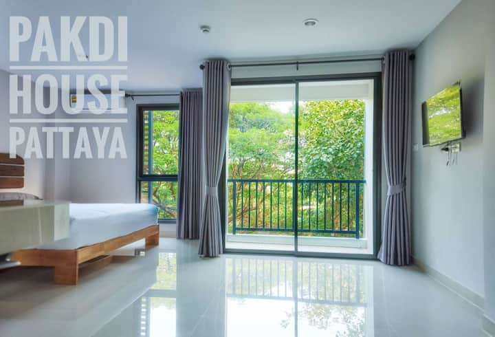 3km to walking street,new and nice room in pattaya