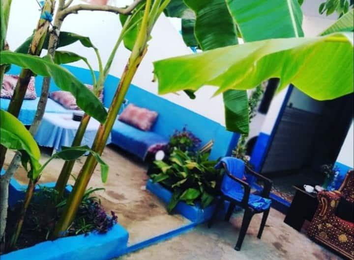 Belle maison traditionnelle avec jardin à Ouedlaou