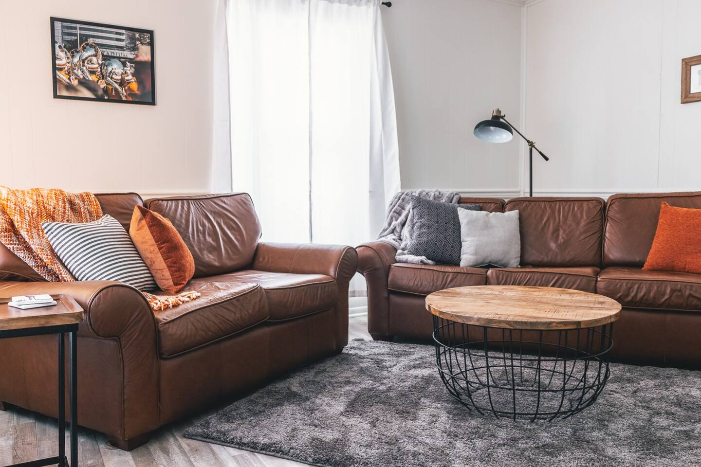 This is the perfect spot to watch the Vols or any other sports team! Cozy couches for the win!