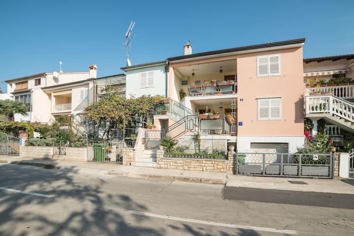 Apartments Lucio / Studio A3
