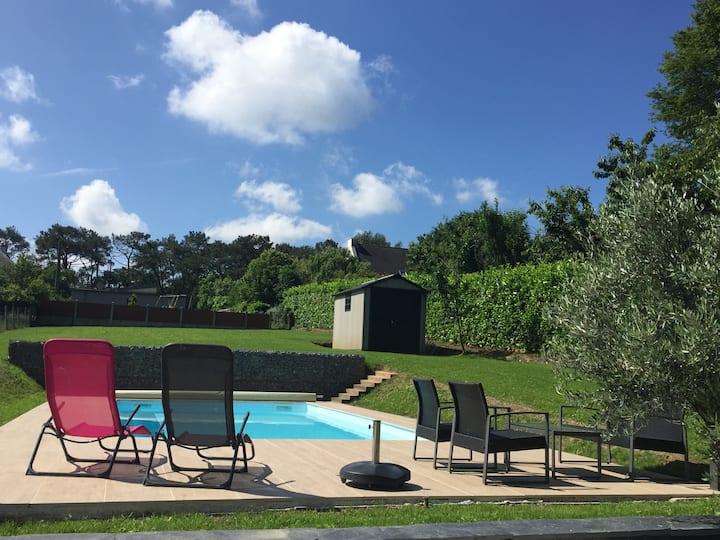 Maison moderne 160m2,au calme avec piscine privée.