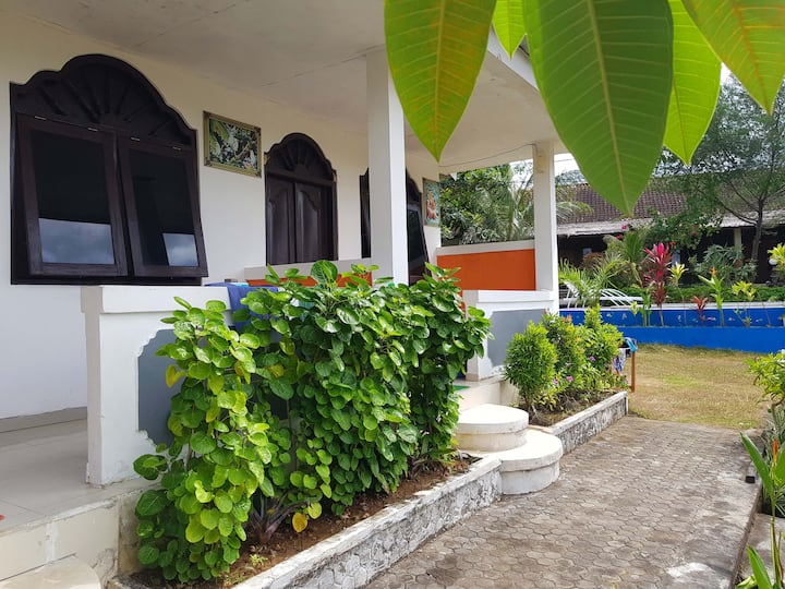 Dormitory bed (4 px) in homestay, beach 2min