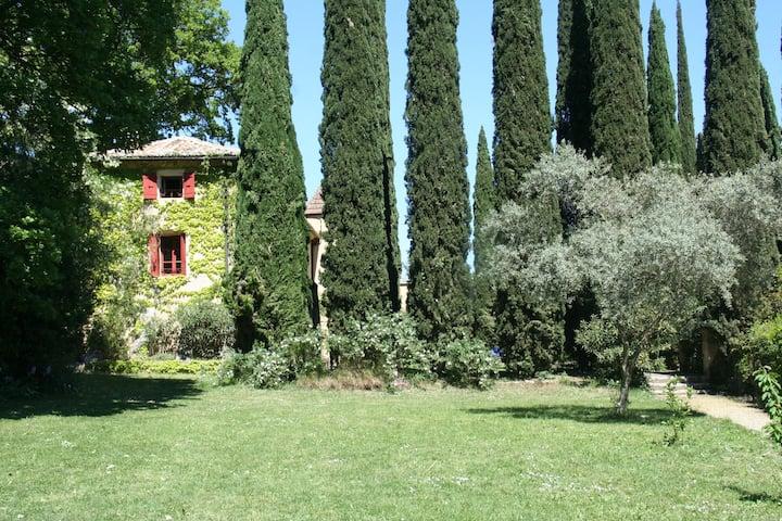 Bastide Toscane proche d'Uzes