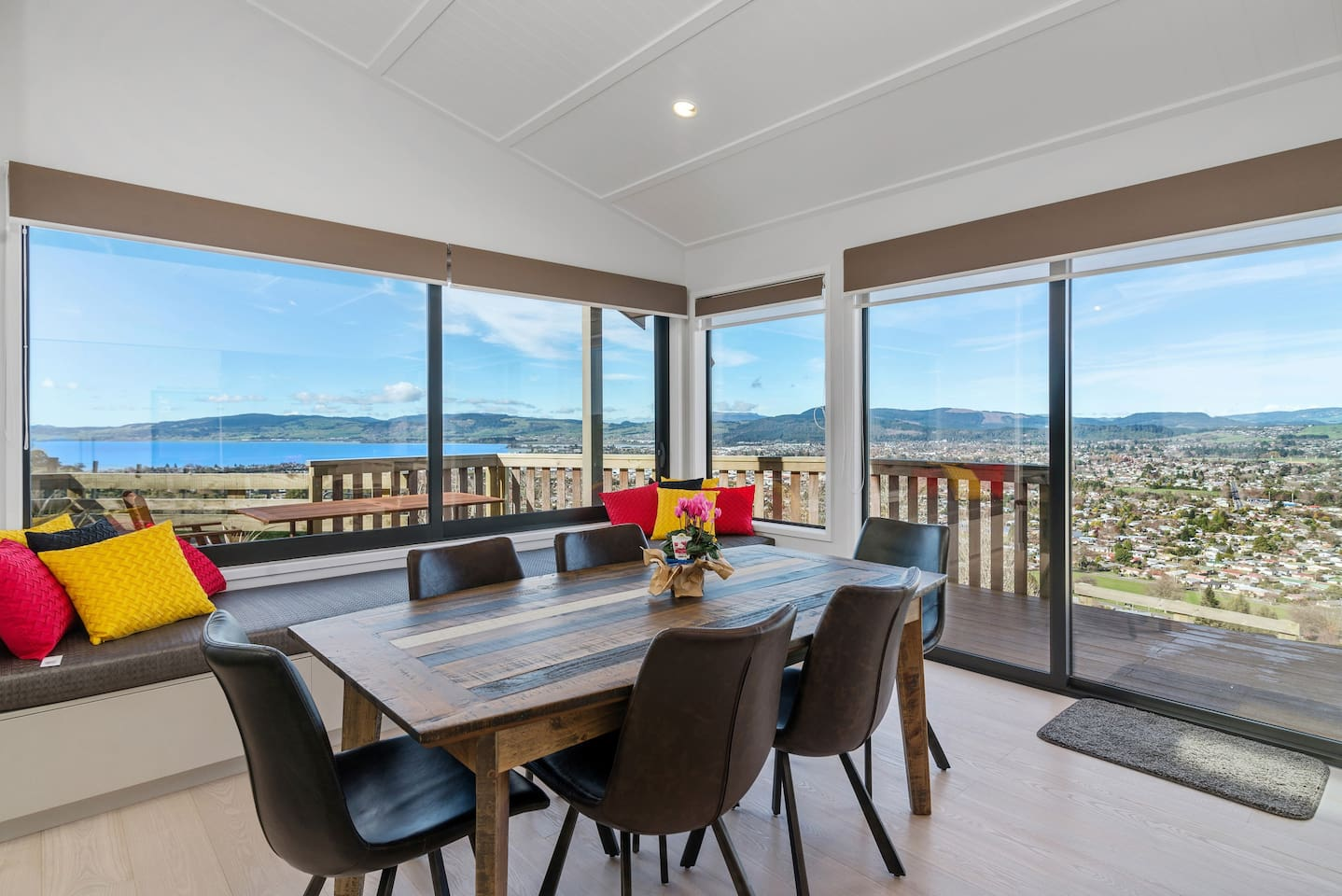 Best airbnbs in Rotorua for families featured by top family travel blogger, Marcie in Mommyland: Dining