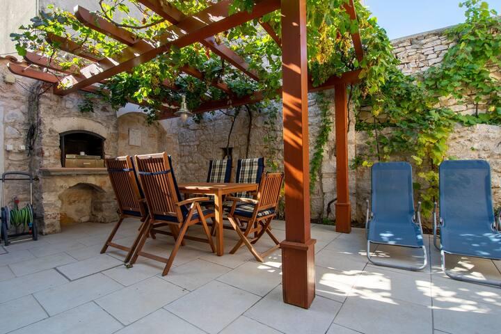 Villa Lantina / Superior Suite, ****