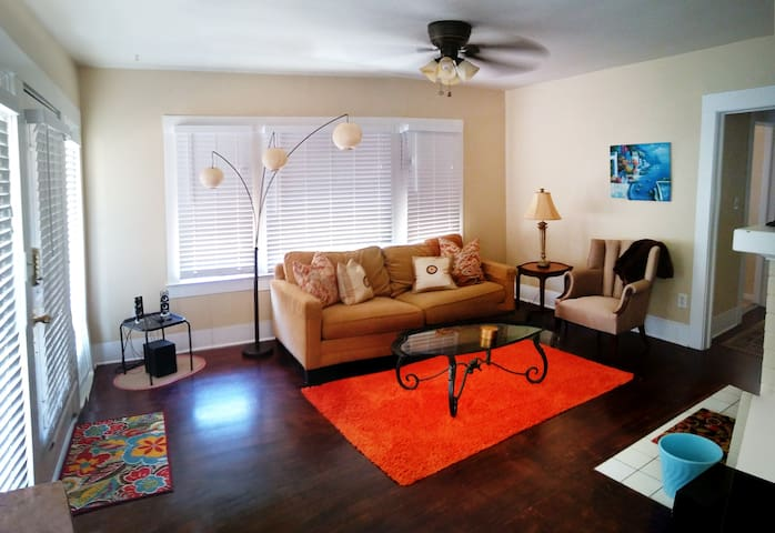 Safford Bungalow - Read Listing Details First!