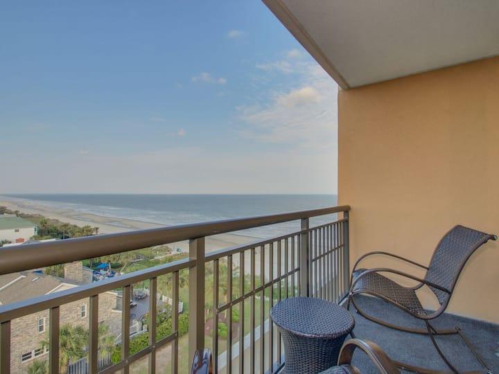 Luxury Double Queen Studio With Ocean View Balcony At The Island