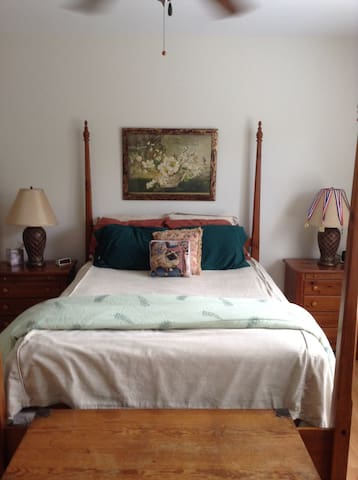 2 bedrooms available in cozy Wilmington townhouse - Leland - Apartamento