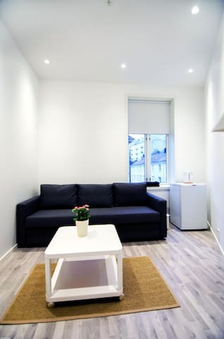 Great, practical room, close to city centre,Room D - Bergen - Byt