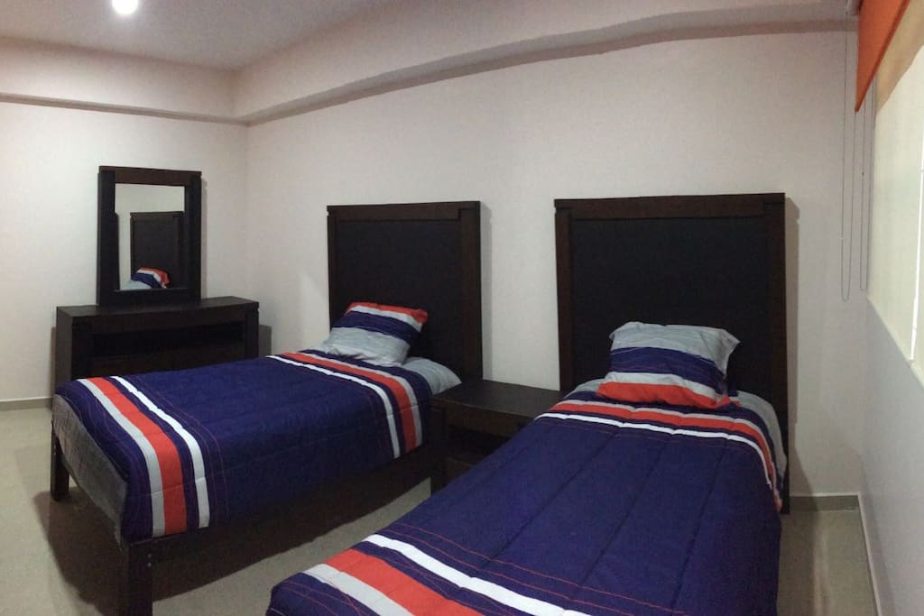 RECAMARA DOBLE (DOUBLE BEDROOM)