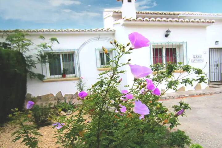 Casa Andres, Jalon Valley.